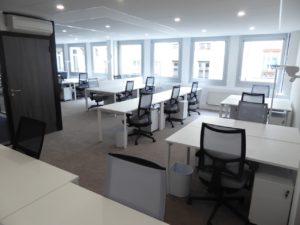Louer-Bureau-Centre-Affaire-Paris-8-bureau-coworking-privatif2